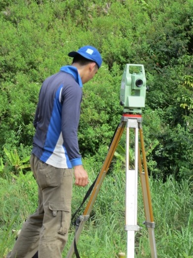 120718-19 Topographical Survey Banea 063_resize.jpg